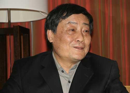 全国人大代表、杭州娃哈哈集团有限公司董事长兼总经理宗庆后