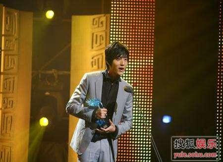 张峻宁发表得奖感言。