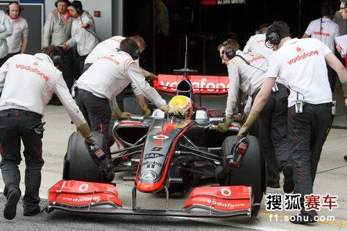 图文:F1赫雷斯试车第四日 汉密尔顿结束练习