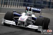图文:F1赫雷斯试车第四日 海德菲尔德开始练习