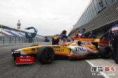 图文:F1赫雷斯试车第四日 阿隆索结束练习