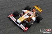 图文:F1赫雷斯试车第四日 阿隆索进行测试