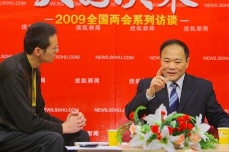 政协委员 吉利汽车集团董事长李书福接受搜狐汽车专访