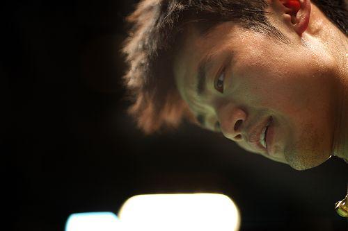 图文:全英赛八强战精彩瞬间 林丹汗流浃背