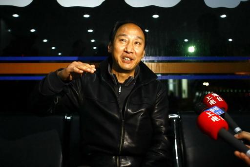 孙海平在莘庄接受记者采访