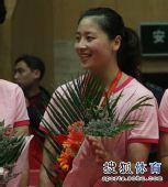 图文:女排联赛天津夺总冠军 魏秋月花般灿烂