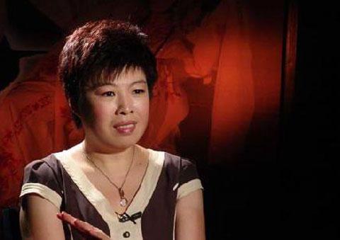 于丹感恩教育视频1_韩美林不满于丹公开表示喜欢周杰伦(图)
