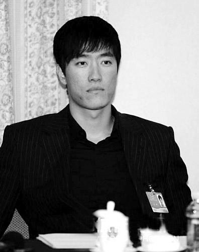 刘翔参加会议