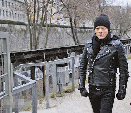 获柏林影展主席致恭贺函盛赞《白银帝国》全球首映极大成功,令城城感欣悦。