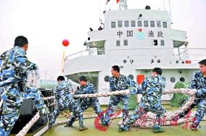 赴西沙群岛保权护渔的渔政311船。 记者邱伟荣 摄
