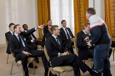 英格兰队拍搞笑宣传片最牛球迷给小贝泛滥(图衣服上课的搞笑图片图片