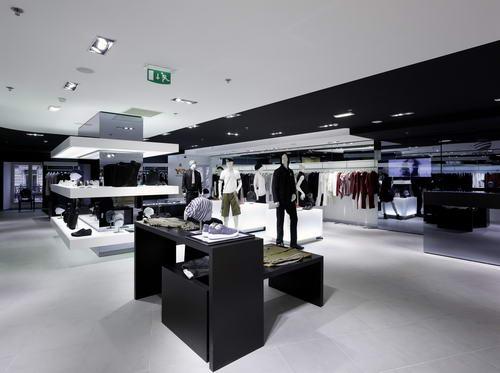 品牌旗舰店_Y-3巴黎adidas品牌旗舰店盛大开幕(图)-搜狐文化频道