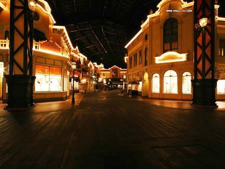 热门地点四:迪士尼乐园的美国小镇大街