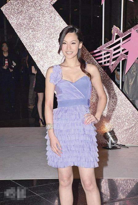 徐子珊积极练舞练歌,希望在乐坛大显身手