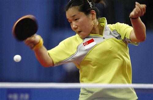 图文:乒乓球德国赛第三日 新加坡孙蓓蓓