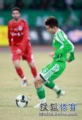 图文:[中超]北京3-1重庆 黄博文主罚点球