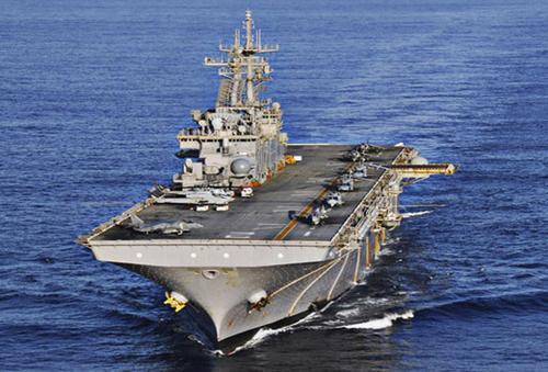 美国海军黄蜂级两栖攻击舰