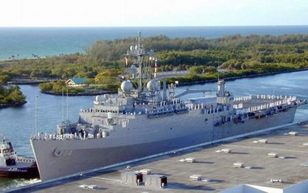 美国海军奥斯汀级两栖舰