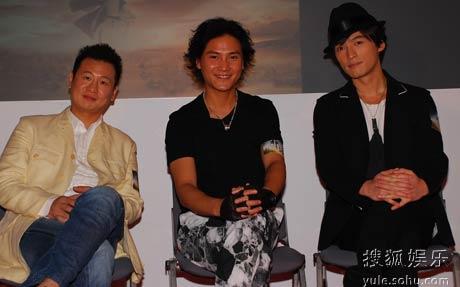 《神话》演员阵容。左起:张世、丁子峻、胡歌