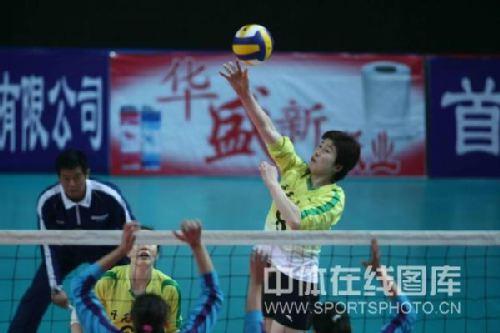间3月25日,全运会女子排球预赛A组比赛在河北秦皇岛进行,浙江开