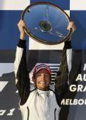 图文:F1澳大利亚大奖赛 巴顿激动写在脸上