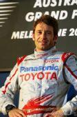 图文:F1澳大利亚大奖赛 特鲁利领奖台留影