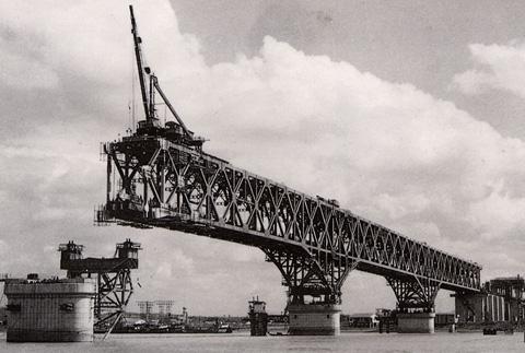 南京长江大桥历史图片