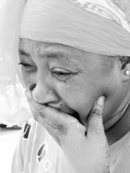 遇难者家属失声痛哭