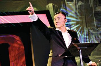 """周立波海派清口专场_听周立波 与""""海派清口""""的一次亲密接触-搜狐娱乐"""