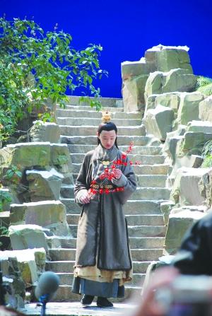 新版《红楼梦》苏州取景 白雪红梅有些假(图)