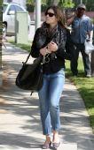好莱坞一周潮人街拍:杰西卡-贝尔