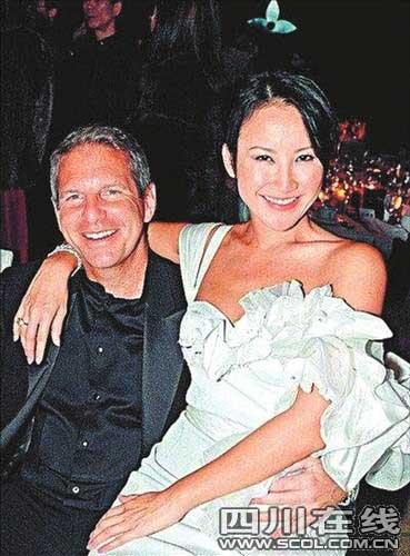 李玟与Bruce甜蜜蜜