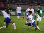 图文:[中超]杭州3-2广州 马成破门瞬间