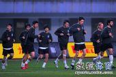 图文:[中超]长沙VS天津  赛前备战