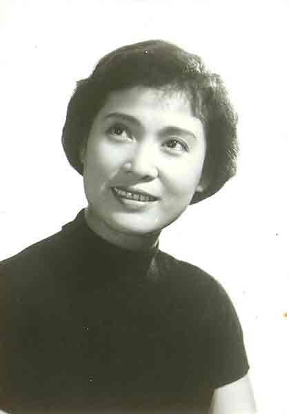 二十世纪四十年代秦怡成为当时最受欢迎的演员之一,与白杨,舒绣文