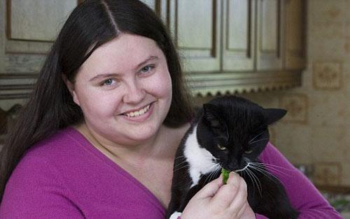 素食猫和它的女主人