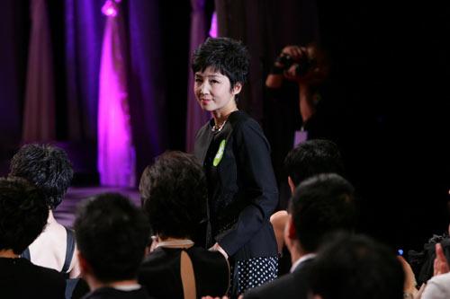图:《南京!南京!》北京首映 和晶亮相