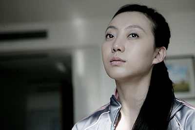 刘岩梦幻淡妆写真怒放坚韧的生命色彩-搜狐体育播报