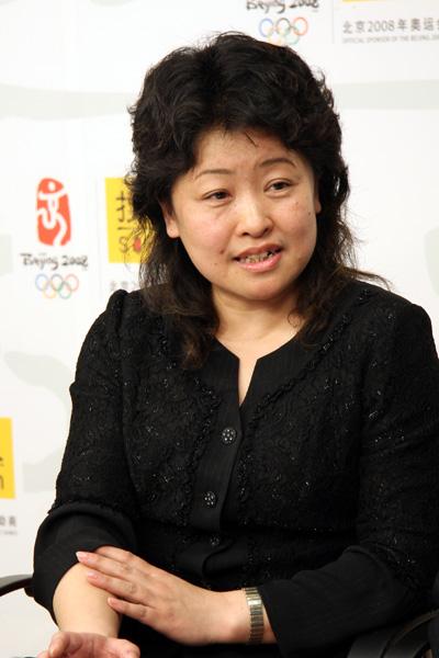 金吉列留学常务副总裁陈璐怡女士做客搜狐出国会客厅