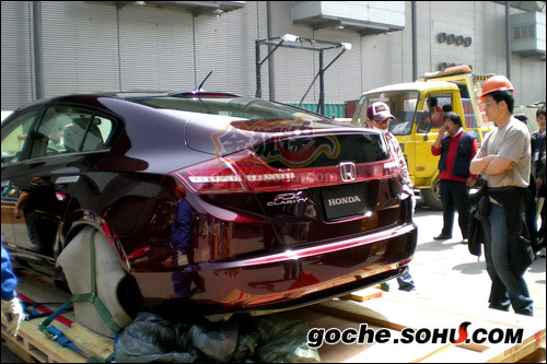 本田氢电池FCX Clarity车型