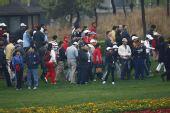 图文:09VOLVO中国公开赛 现场观众很多