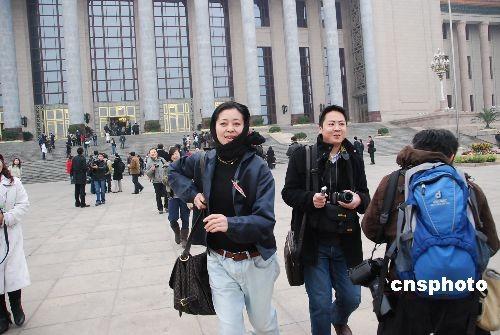 倪萍在两会期间是媒体追逐的焦点