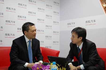 东风乘用车副总李春荣接受搜狐采访