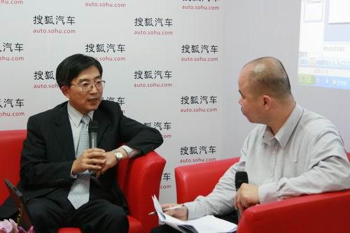 东南汽车总经理简清隆接受搜狐采访