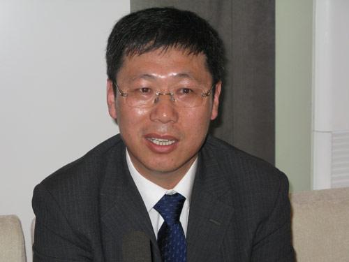 一汽吉林汽车总经理胡汉杰接受搜狐汽车采访。