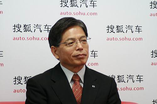 山田宪昭介绍新车投放情况