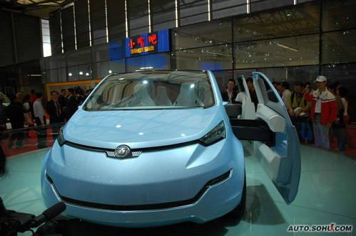 中华 EV纯电动车 实拍 外观 自主车 新能源车 图片