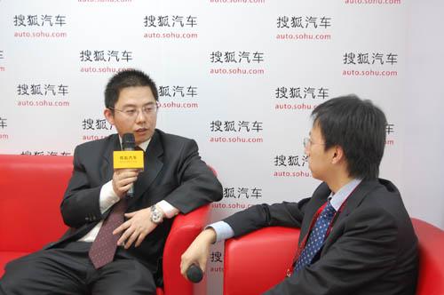 上汽通用五菱销售公司总经理杨杰接受搜狐汽车访问