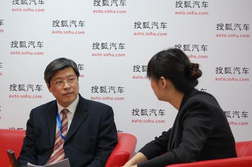 傅利国接受搜狐采访