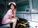 车展上的纯情护士